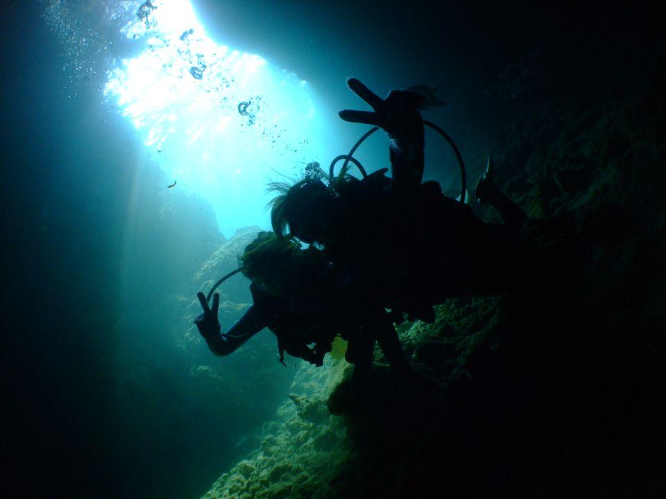 FULLハイビジョン動画撮影付き!青の洞窟ボート体験ダイビング