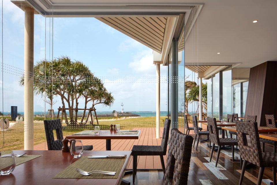 レストラン 沖縄鮪・海ぶどう・アボカドのアヒポキ丼