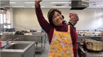 【恩納村観光協会】花城さんの沖縄伝統菓子作り体験(2人)