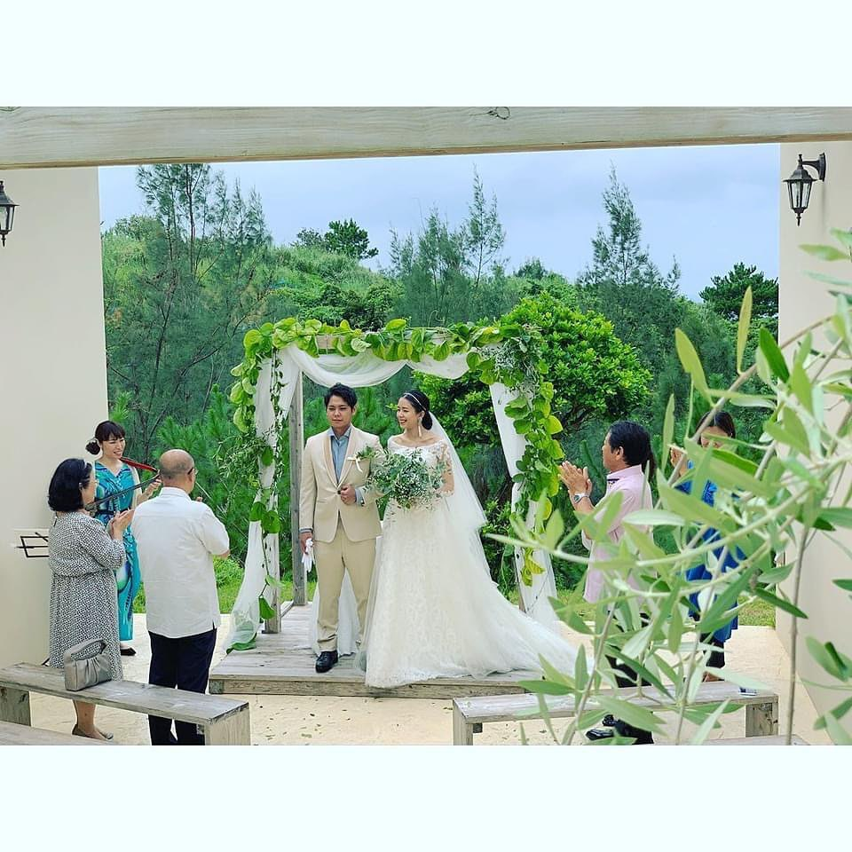 Happy Small Wedding